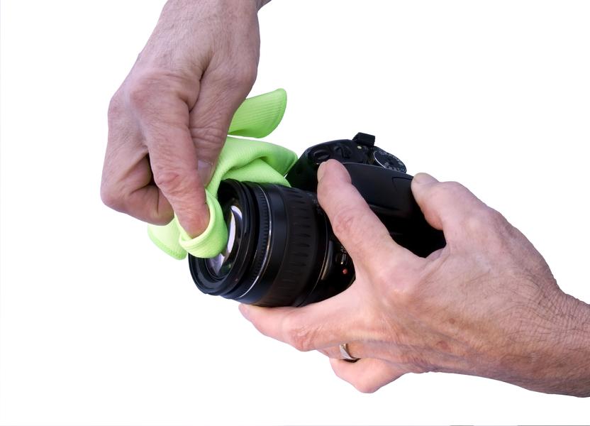 Saber como limpar seu equipamento fotográfico é fundamental para não prejudicar