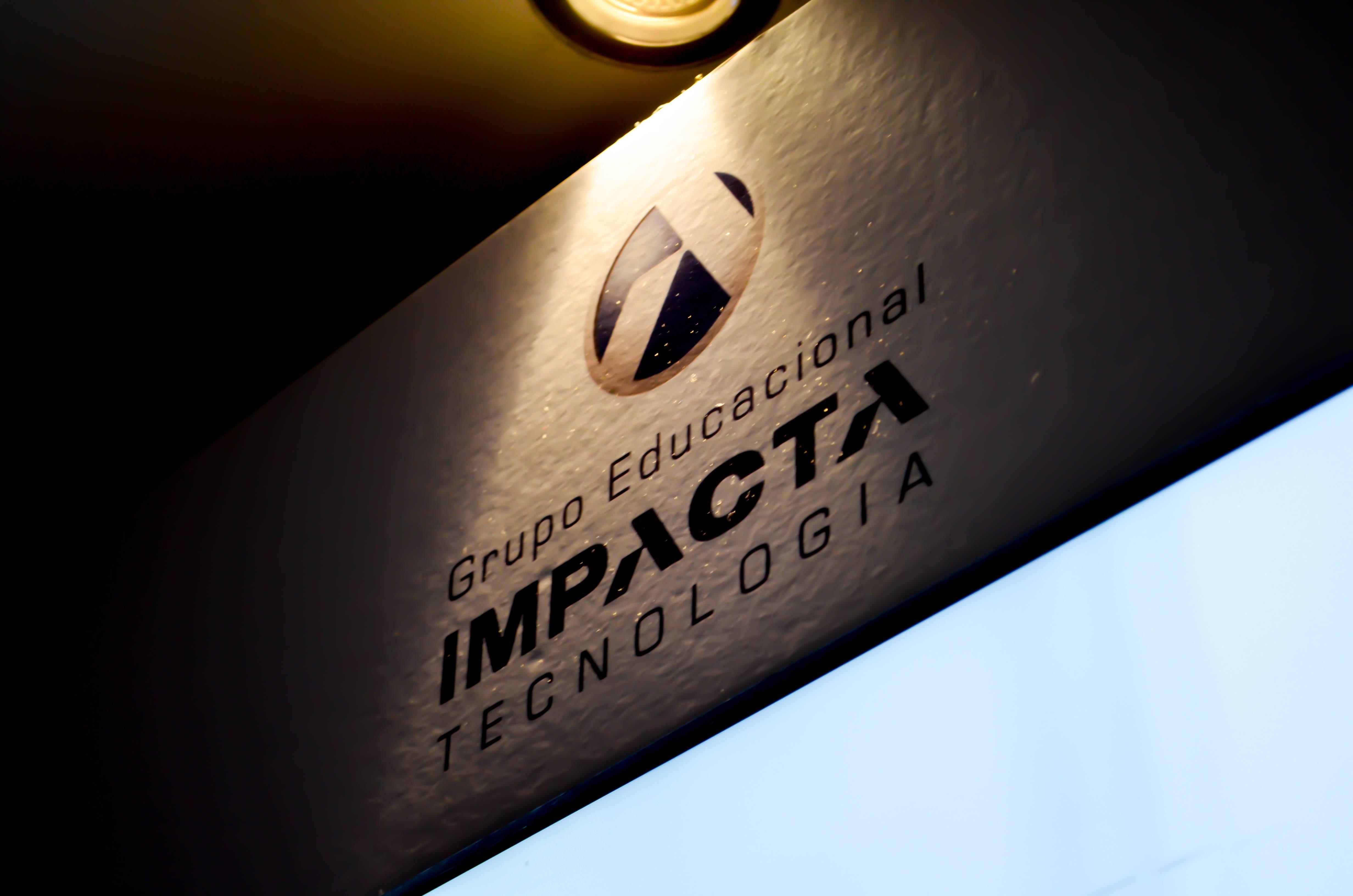Mantenedora do iMasters, Impacta marca presença em evento de Desenvolvimento de Ecommerce
