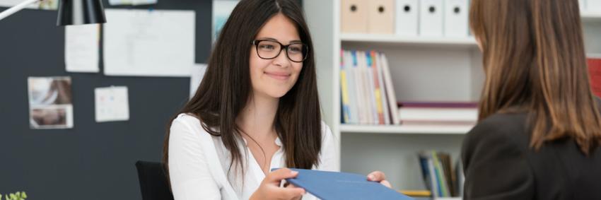 Antes mesmo da faculdade, a qualificação profissional já pode começar