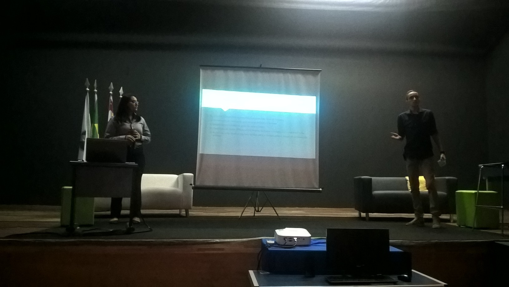 Alunos de Sistemas de Informação apresentam projeto