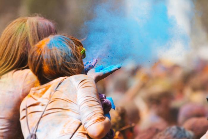 Fotos de caos estético também são tendências de imagens para esse ano