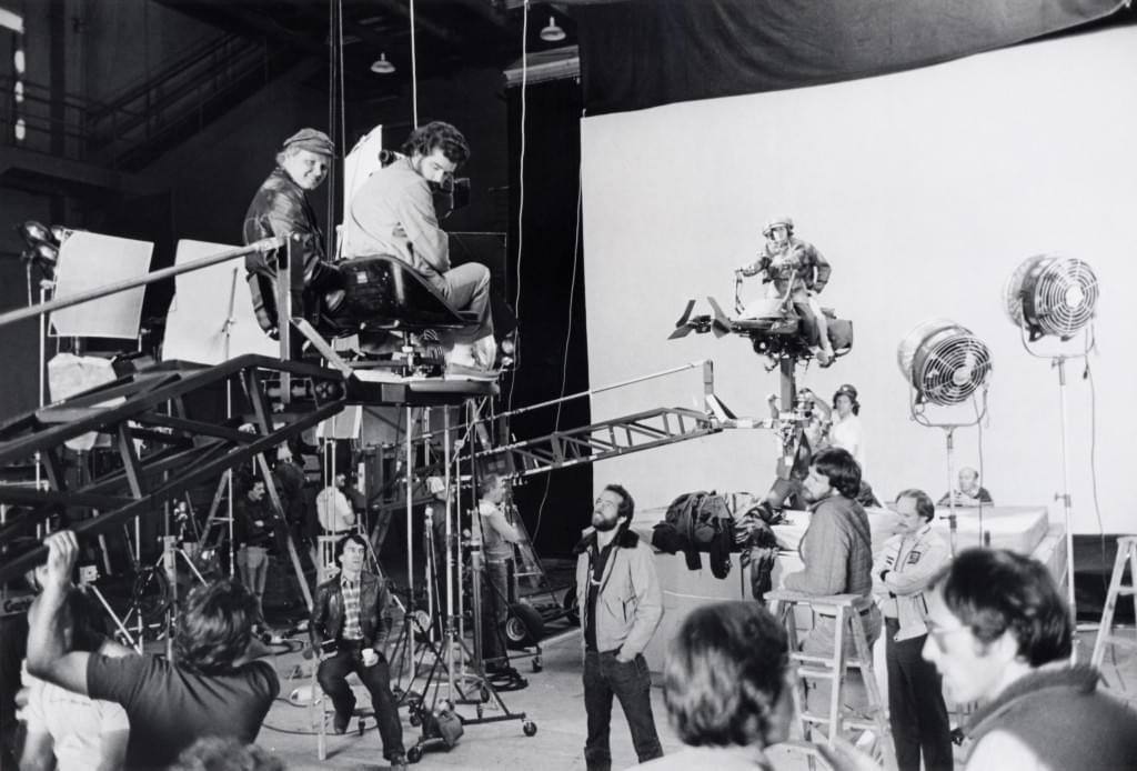 A direção de arte surgiu nos teatros e evoluiu com o cinema