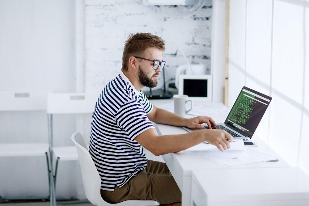 Guia completo do desenvolvedor web: saiba tudo sobre a profissao