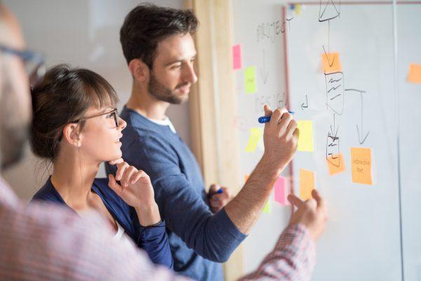 Capa do artigo Design Sprint: o que é como usar essa metodologia ao seu favor